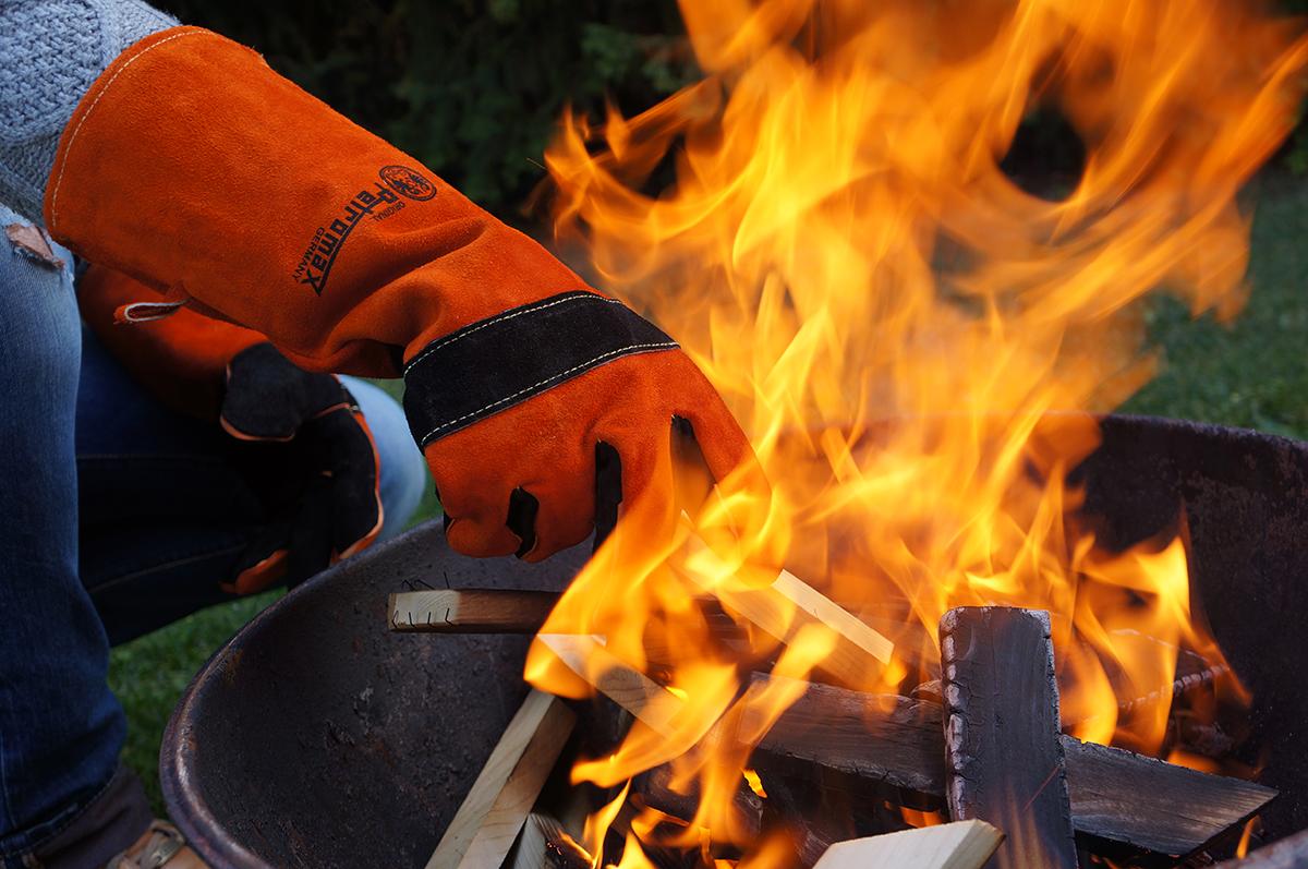 Feuerhandschuhe Petromax Aramid Pro 300 – Optimaler Schutz vor Flammen und Funken