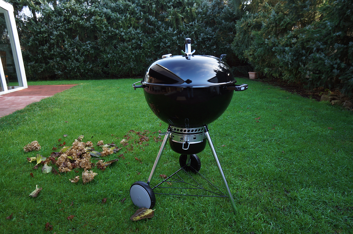 Weber Holzkohlegrill Master Touch Gbs 57 Cm Special Edition Pro : Johnny checkt weber master touch unboxing und