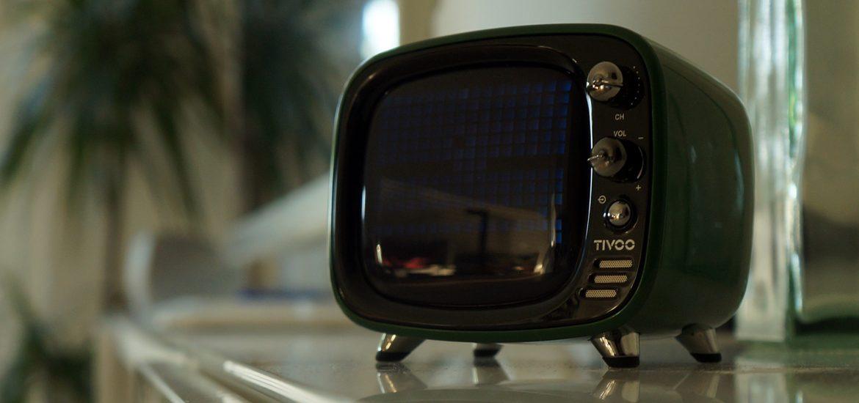 Bluetooth Lautsprecher mit Smart Pixel Art Display – Divoom Tivoo